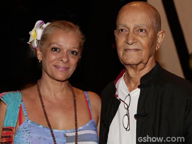 Nelson Xavier chega na festa (Foto: Fabio Rocha / TV Globo)