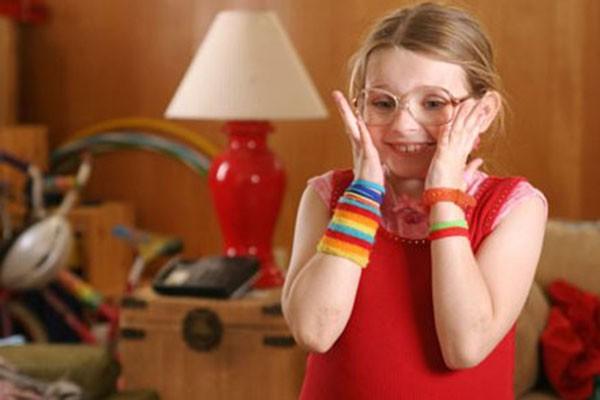 Abigail Breslin em 'Pequena Miss Sunshine' (2006) (Foto: Divulgação)