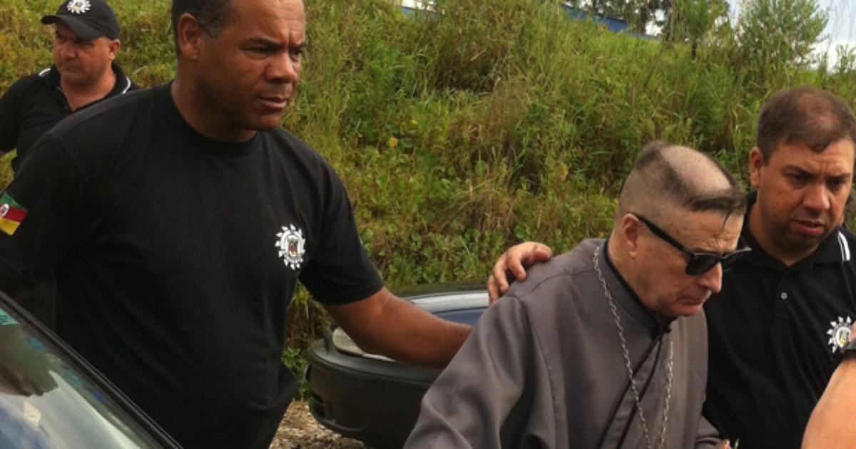Prorrogada no RS prisão de ex-padre suspeito de abusar de ... - Globo.com