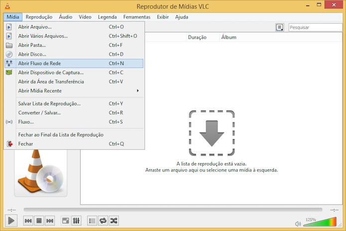 Executando vídeo em fluxo de rede no VLC (Foto: Reprodução/Helito Bijora)