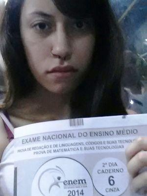 Natalia vai entregar carta à promotoria de Justiça (Foto: Natalia Carla/Arquivo Pessoal)