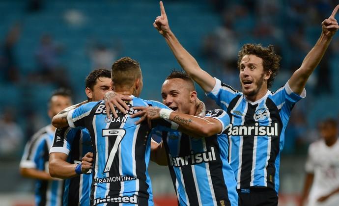 Grêmio x Fluminense, Arena do Grêmio Campeonato Brasileiro 2015 (Foto: EDU ANDRADE/FATOPRESS/ESTADÃO CONTEÚDO)