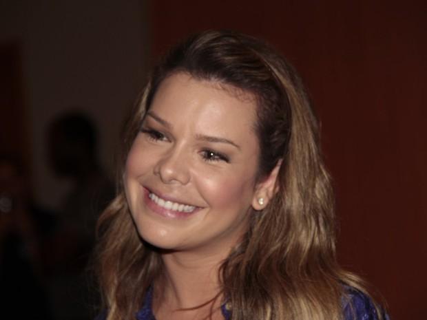 Fernanda Souza na estreia do filme Muita Calma Nessa Hora 2 (Foto: Isac Luz / EGO)