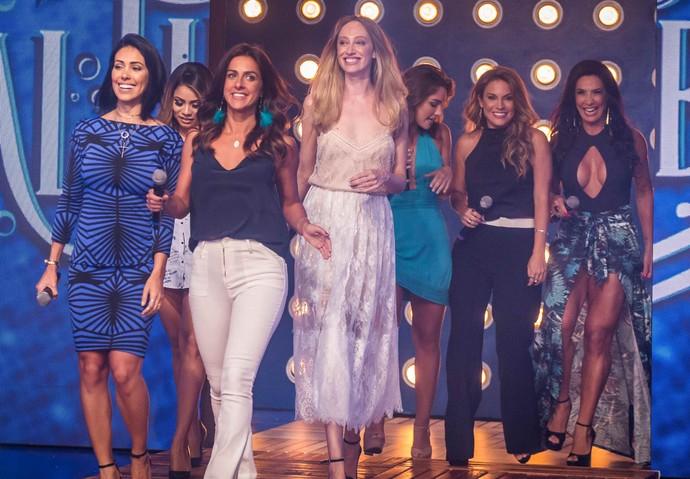 Mulheres celebram a final do 'Saltibum' (Foto: Paulo Belote/TV Globo)