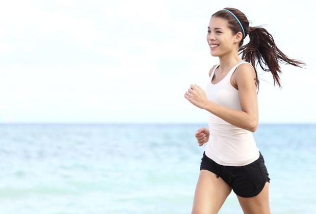 Fazer atividades físicas intensas com intervalos ajuda a acelerar o metabolismo (Foto: Divulgação)
