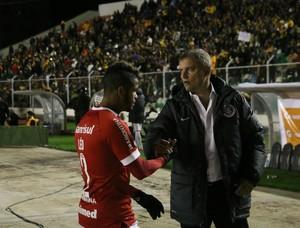 Léo Diego Aguirre Inter (Foto: Diego Guichard / GloboEsporte.com)