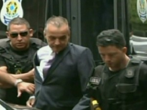 Carlos Cachoeira é preso novamente (Foto: Reprodução Globo News)