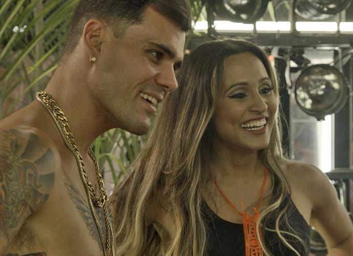 O que Ninfa e Alisson vão achar dessa parceria? (Foto: TV Globo)