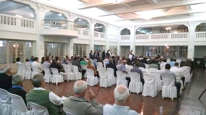 reunião do Conselho Deliberativo do Botafogo (Foto: Thiago Pinheiro)