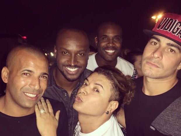 Emerson Sheik, Thiaguinho, David Brazil, Rafael Zulu e Thiago Martins em festa no Rio (Foto: Instagram/ Reprodução)
