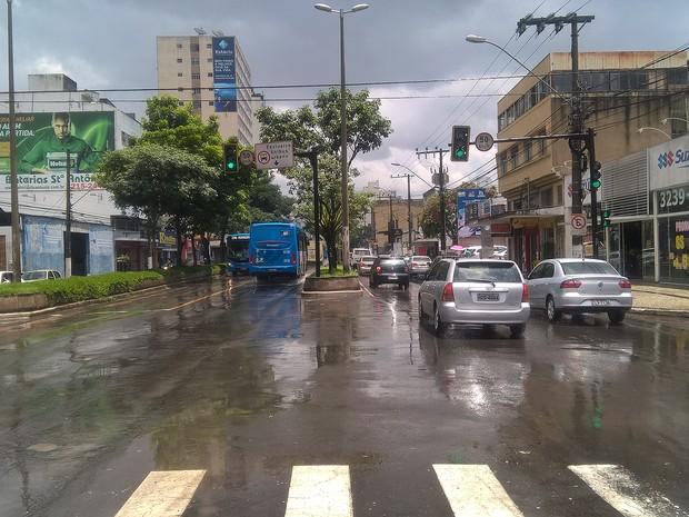 Previsão é de chuva durante a semana em Juiz de Fora (Foto: Roberta Oliveira/G1)