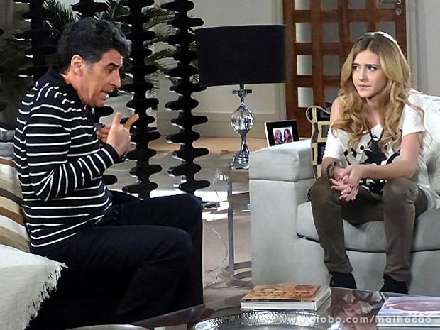 Sofia conta para Caetano sobre possível affair entre Ben e Anita (Foto: Malhação/ TV Globo)