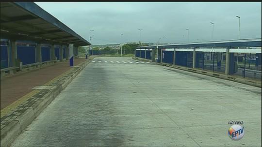 Paralisação de linhas municipais em Campinas amplia crise no transporte