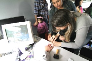 População pôde fazer documentos (Foto: Marcelo Borges/Divulgação)