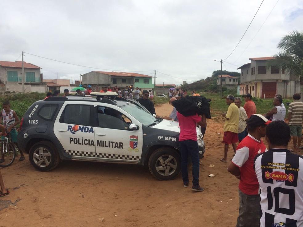 Resultado de imagem para Pai e filho são assassinados no Planalto, em Natal