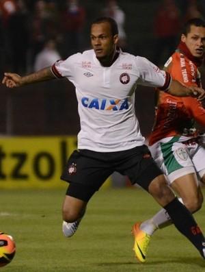 Bruno Silva Atlético-PR (Foto: Gustavo Oliveira/Site oficial do Atlético-PR)