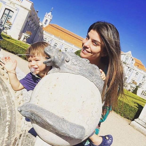 Joana Balaguer e o filho, Martin (Foto: Reprodução/Instagram)