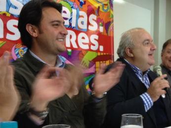 Rafael Greca anunciou apoio ao candidato Ratinho Jr (Foto: Fernando Castro/G1)