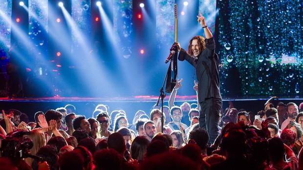 Rock Story: elenco grava cenas em casa de shows (divulgação)