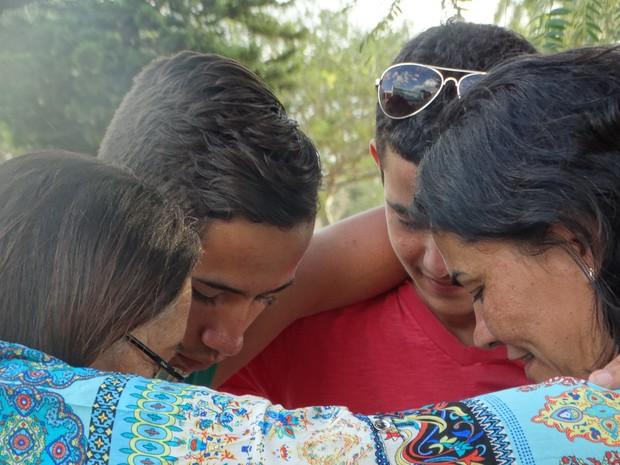 Mães com filhos trocados em Garanhuns, PE (Foto: Paula Cavalcante/ G1)