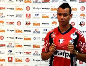 Leonardo Franco, zagueiro do Joinville (Foto: Divulgação / JEC)