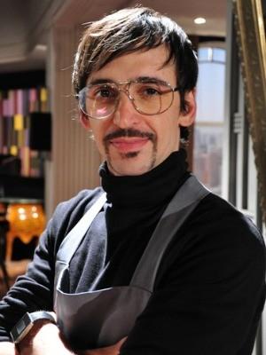 Júlio Andrade fez sucesso como Arthurzinho na novela Passione (Foto: Globo/Estevam Avellar)