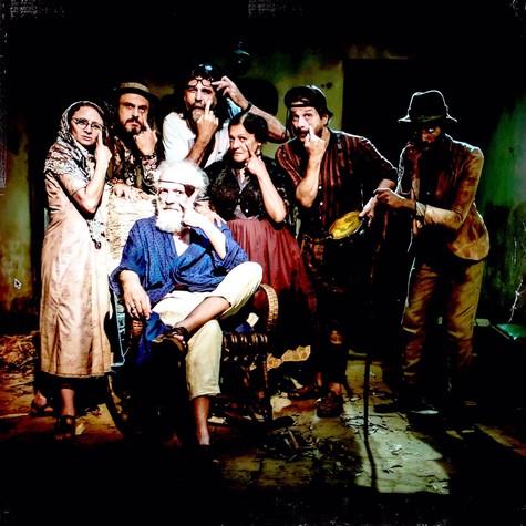 Luiz Fernando Carvalho com o elenco de Alexandre e outros heróis (Foto: Divulgação)