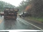 Homem morre em acidente entre carro e caminhão em Piraí, RJ