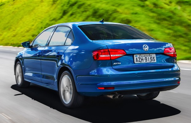 Volkswagen Jetta Highline 2015 (Foto: Divulgação)