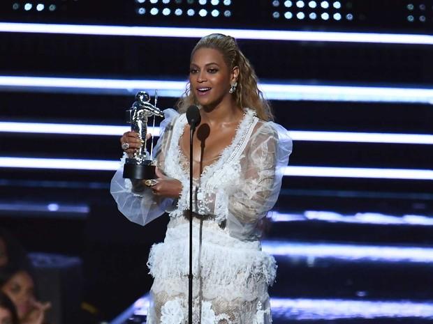 A cantora americana Beyoncé foi a maior vencedora do MTV Video Award 2016, realizado no Madison Square Garden em Nova York (Foto: Jewel Samad / AFP Fhoto)