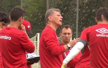 Atlético-PR segue treinos no CT; Paulo André é poupado novamente