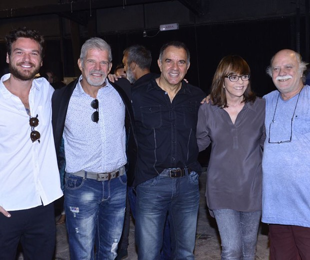 Emílio Dantas, Raul Gazolla, Humberto Martins, Glória Perez e Tonico Pereira (Foto: Fabio Cordeiro/ Ed. Globo)