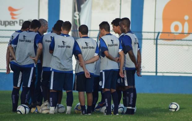 Time titular do Confiança (Foto: Felipe Martins/GLOBOESPORTE.COM)