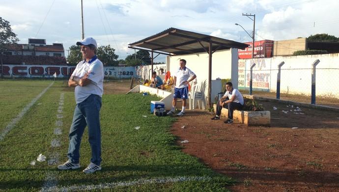 Roberto Oliveira elogia equipe após goleada (Foto: Vilma Nascimento/GloboEsporte.com)