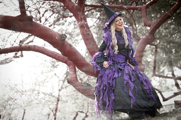 Andressa Urach posa em clima de Halloween (Foto: Marcos Serra Lima / EGO)