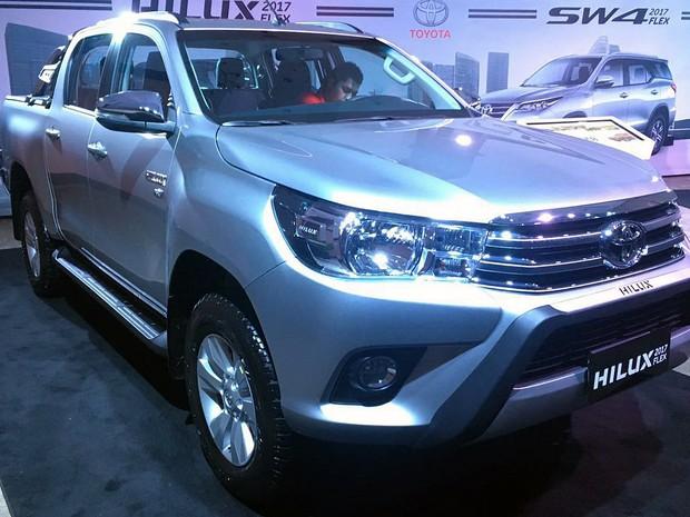 Toyota Hilux Flex SVR (Foto: André Paixão/G1)