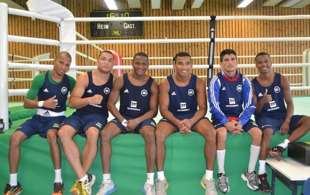 Seleção brasileira de boxe durante estágio de treinos na Alemanha (Foto: Arquivo Pessoal)