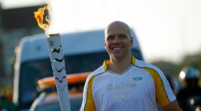 Fernando Scherer Xuxa Florianópolis Tocha Olímpica (Foto: André Mourão/Rio 2016)