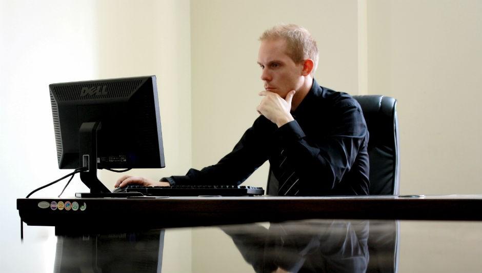 Muitos empresários de sucesso já quebraram várias vezes antes de se firmar no negócio e crescer (Foto: Pexels)