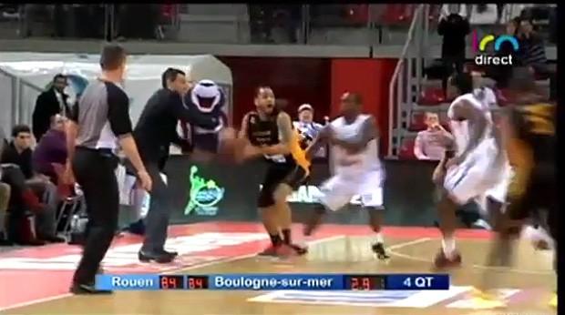FRAME - basquete Laurent Sciarra Rouen e Boulogne-sur-mer (Foto: Reprodução / Youtube)