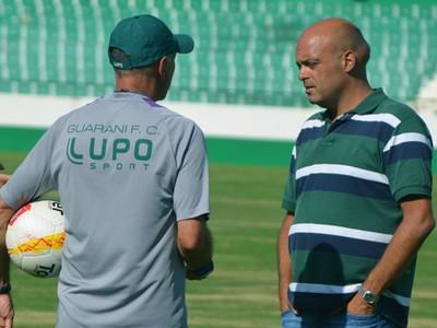 Márcio Fernandes, Rogério Giardini e Álvaro Negrão no Guarani (Foto: Murilo Borges)