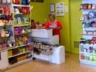 Diminuição nas vendas faz comércio reduzir nº de temporários na Páscoa