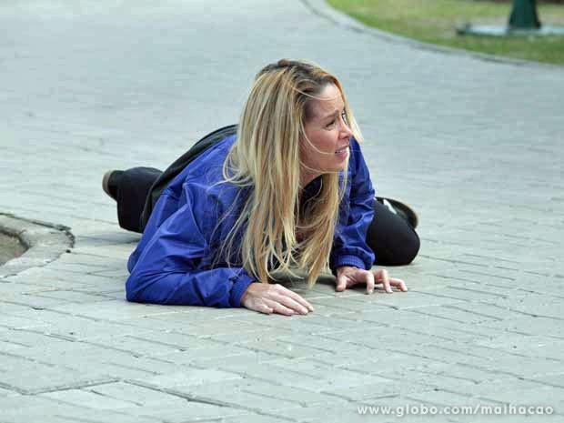 Dani Winits grava cenas emocionantes da morte de Marcela nesta quarta-feira (Foto: Malhação / Tv Globo)