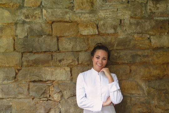 """""""O grande problema é que as os cozinheiros já não estão dentro da cozinha, a TV mostra esse glamour que não deveria"""", diz Giovanna Grossi (Foto: Divulgação)"""