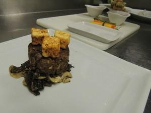 Carne de soja, cogumelos e tofu grelhado (Foto: Rafaella Fraga/G1)