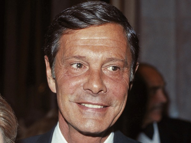 O ator Louis Jourdan em foto de 8 de março de 1984 (Foto: AP Photo)