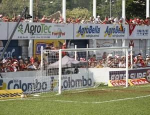 Torcida do Inter no 19 de outubro (Foto: Diego Guichard/GLOBOESPORTE.COM)