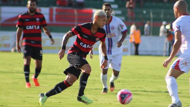 Bahia de Feira x Vitória - Campeonato Baiano 2018 - globoesporte.com 35c3a7d311c43