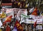 No RJ, protestos reúnem 1,3 mil e fecham o centro (Christophe Simon/AFP)