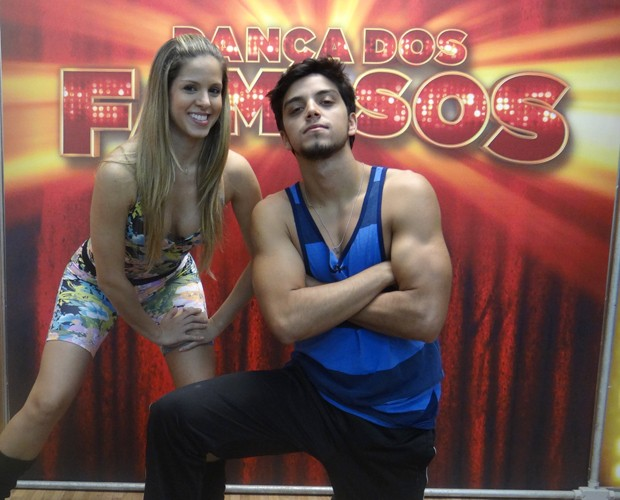 rodrigo simas e raquel guarini (Foto: Domingão do Faustão / TV Globo)
